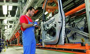Volkswagen готовит новое 4-дверное купе