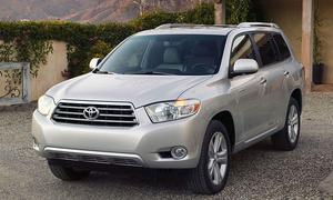 Toyota Highlander успешно прошел крэш-тест IIHS