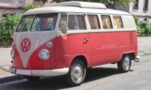 Volkswagen празднует 60-летие легендарного Van