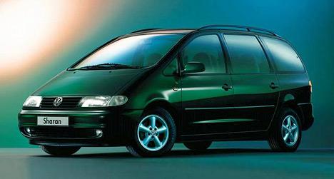 Разработанный вместе с компанией Ford минивэн Volkswagen Sharan является практически полной копией Ford Galaxy. Отличия — в эмблемах, гамме моторов и возможности заказать полноприводную трансмиссию на VW