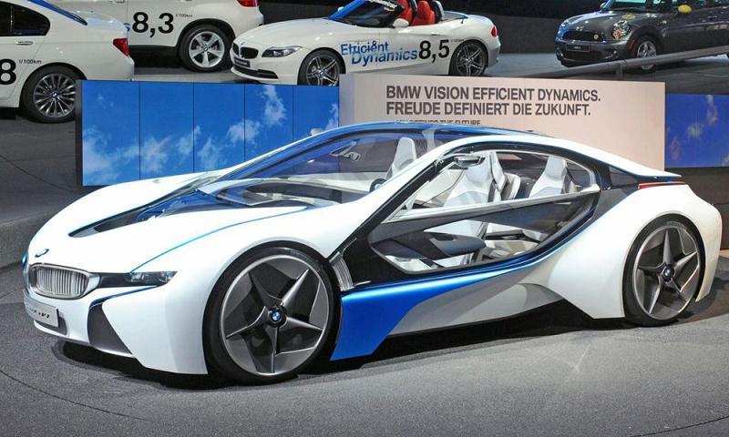 BMW собирается выпустит суперкар M8 с гибридом