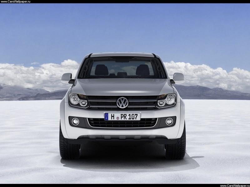 Пикап VW Amarok получил бензиновый двигатель для России.