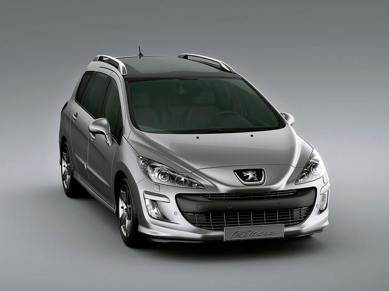 Женевский автосалон 2011: Peugeot представил новое семейство 308-й модели