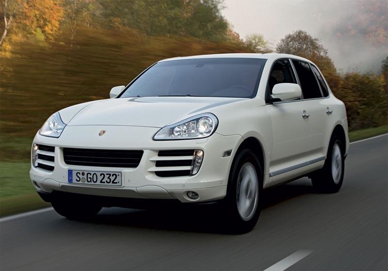 Porsche Cayenne станут экономней и мощнее