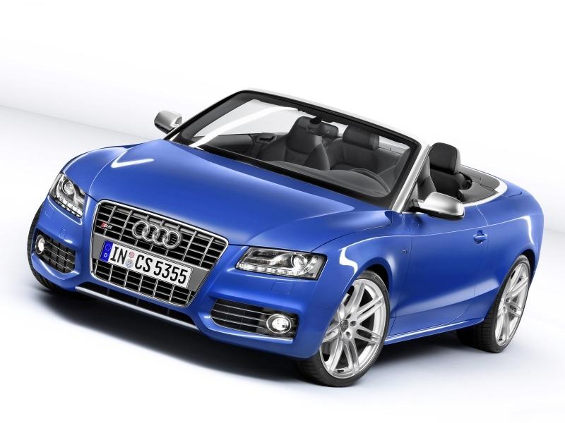 Новый Audi A6 «доехал» до Петербурга
