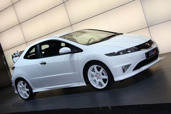 У Honda Civic Type R появился гибридный наследник