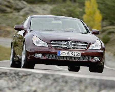 Kia бросает вызов Mercedes-Benz CLS-класса