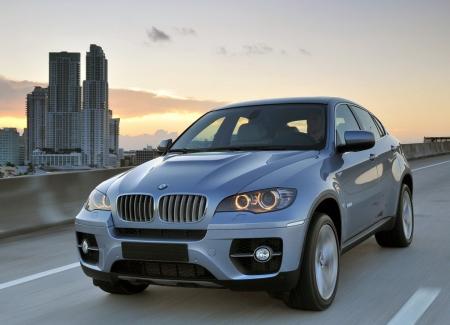 BMW разрабатывает свой «автопилот»