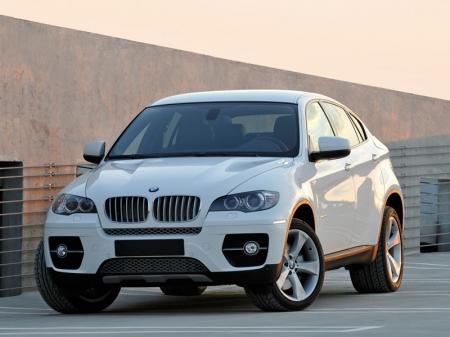 BMW X6 в 2012 году обретет новое лицо