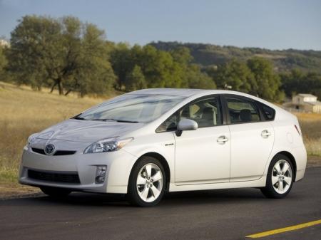 Toyota Prius обрел товарный вид