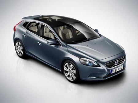 Volvo V40 обещает сместить баланс