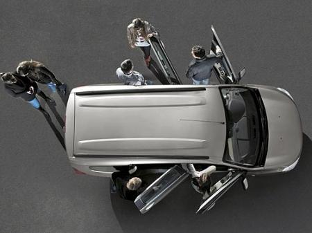 Чем Renault Lodgy лучше Logan MPV?