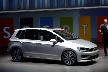 VW Golf Sportsvan тестируют в условиях зимы
